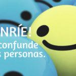 ¡Sonríe! Eso confunde a las personas