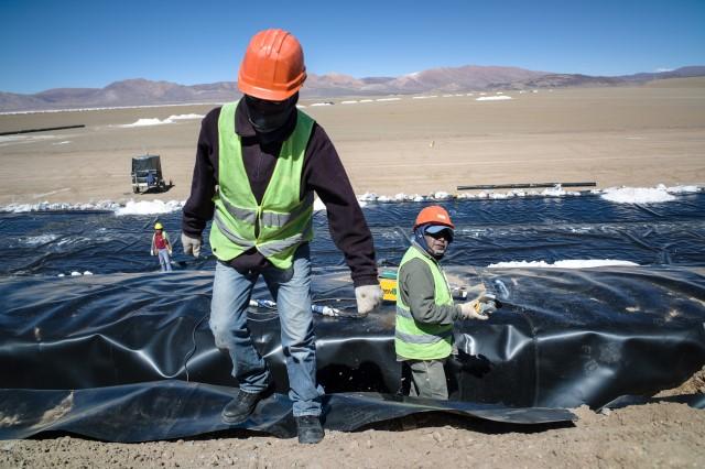 El tri ngulo de litio una geograf a inh spita que atesora for Construccion de piscinas naturales en argentina