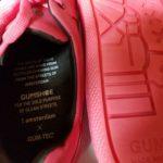 👟 Así es el calzado hecho con chicle de la calle