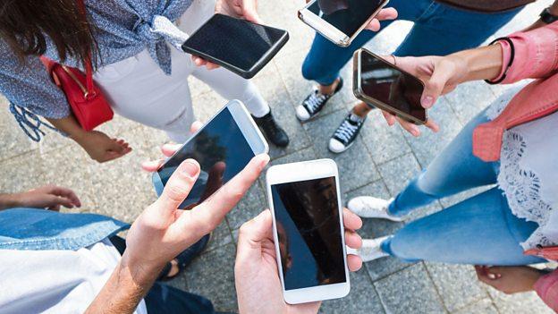 ¿Por qué los teléfonos inteligentes nos están matando?