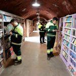 Recolectores recuperan libros y abren una valiosa biblioteca