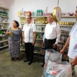«Trash for food», la tienda que da comida a cambio de residuos