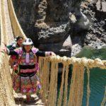 🌄 El Puente Ancestral Inca que Renueva la Vida cada año