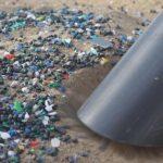 🌊 Jóvenes Crean una Máquina que Libera las Playas de Microplásticos