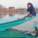 🌊 Jannat, a los 7 años, Limpia y Preserva el Lago Dal