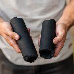 🌱 Creó la Primera Fábrica de Carbón Ecológico para evitar la Tala de Árboles